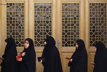 Iranian women voting in the city of Qom. (Pic from TPM, Newscom/AFP)