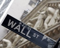 Wall Street is Set to Award Record Pay
